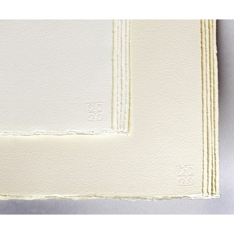 Feuilles Waterford 56x76 300g 10 f grain satiné extra blanc